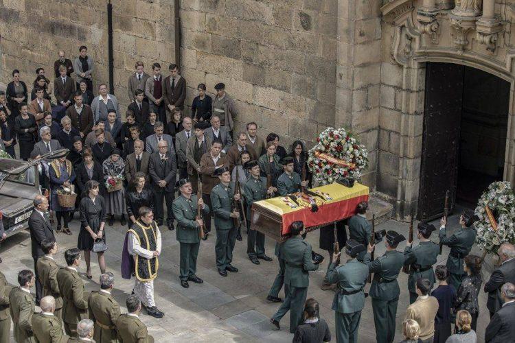 La línea invisible funeral